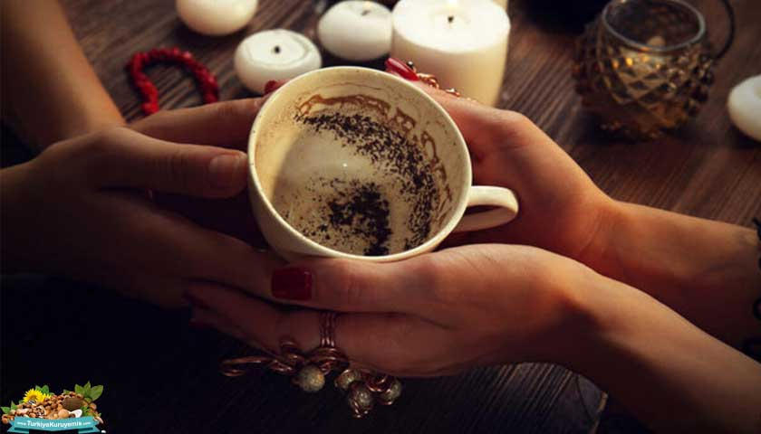 Kahve fincanı, fal